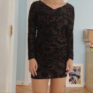Black bodycon textured dress